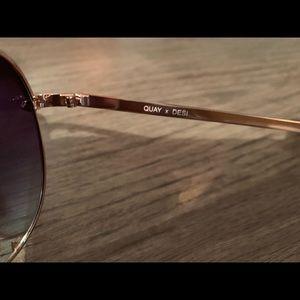 Quay Australia Accessories - QuayX Desi highkey mini sunglasses rose gold color